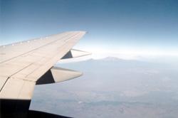 flugzeug und kilimandscharo